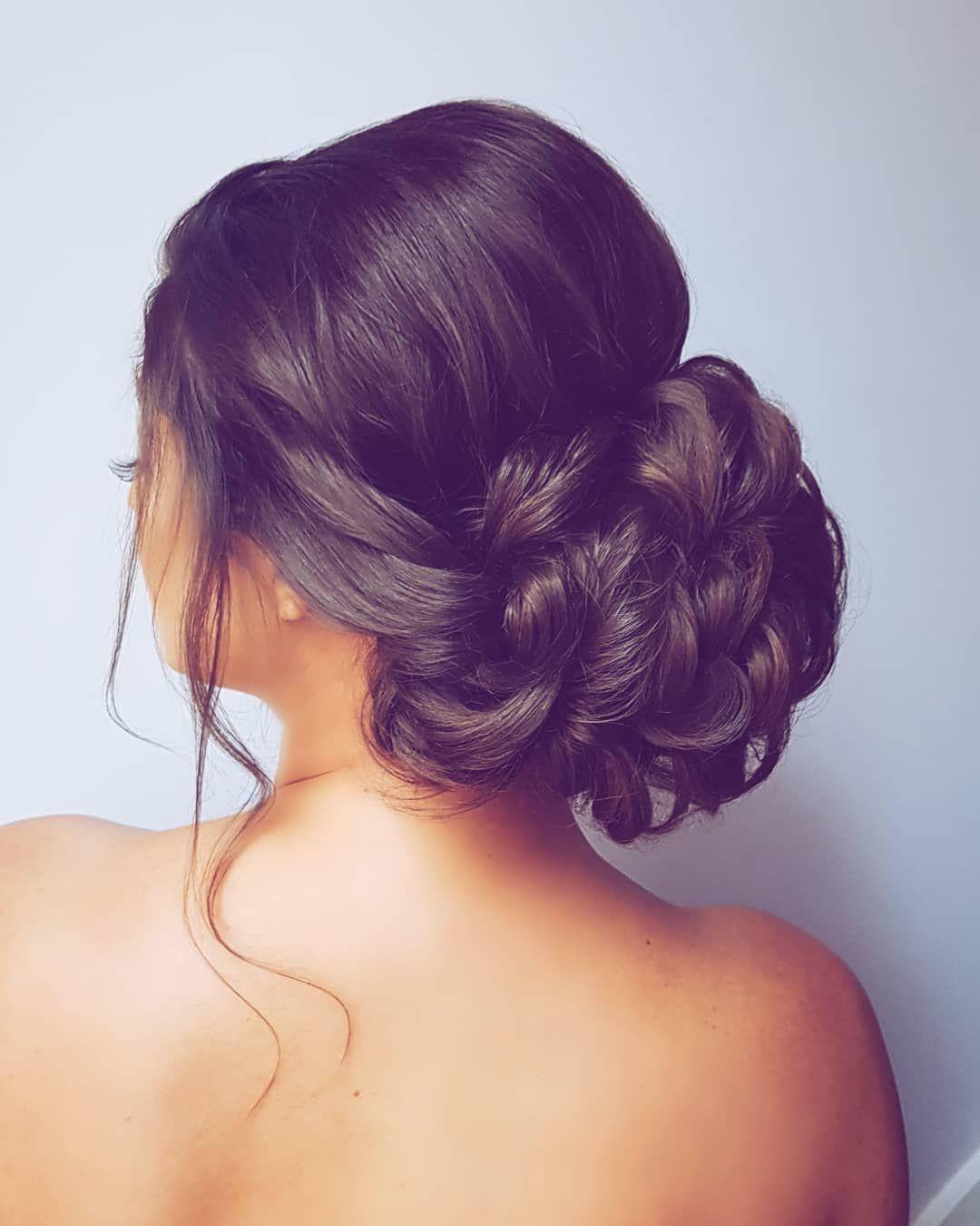 """Hannah Taylor on Instagram: """"One of yesterday's beautiful bridesmaids ❤ . . . #hairbyhannahtaylor #hairstyles #hairinspo #hairideas #brunetteupdo #brunettehairstyles…"""""""