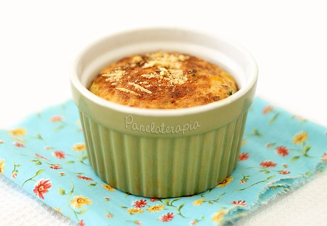 Bolinho de Milho e Peito de Peru. Turkey breast Corn Cake.  PANELATERAPIA - Blog de Culinária