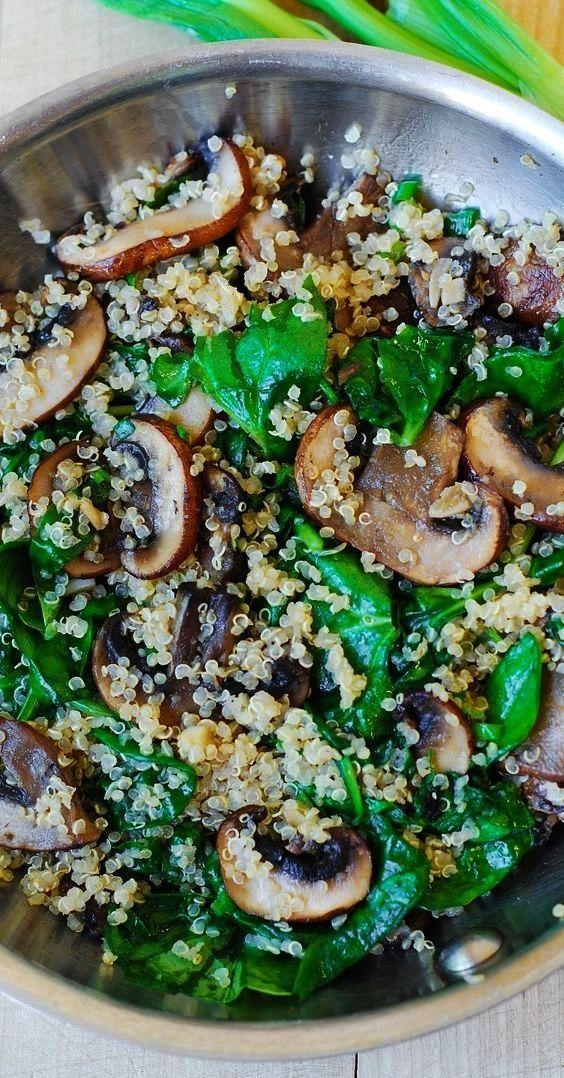 and mushroom quinoa sauteed in garlic and olive oil. Gluten free, vegeta... -Spinach and mushroom q