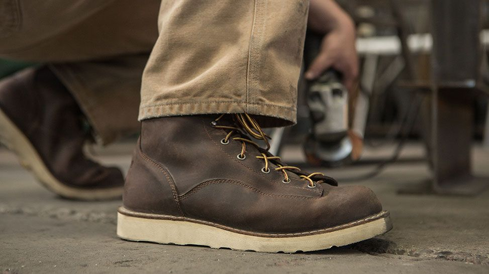 3901c3505ae Danner - Bull Run   Manspirations in 2019   Boots, Hiking boots ...