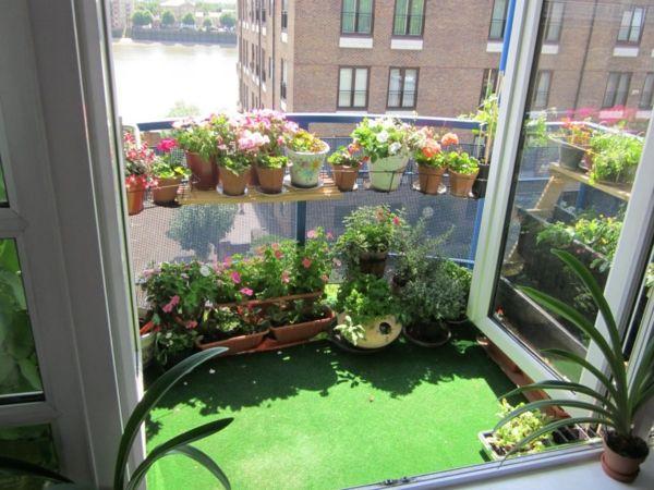 Kleinen Balkon Gestalten kleinen balkon gestalten laden sie den sommer zu sich ein