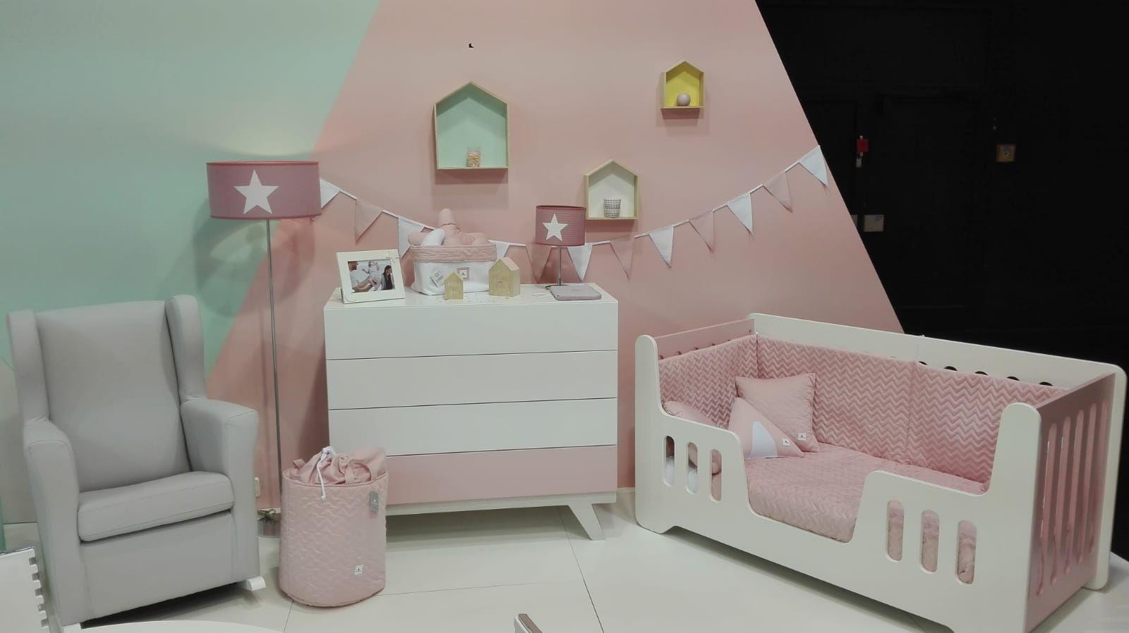 da98dc995 Colecciones para princesas 💓 Así podría quedar la habitación de tu bebé  con nuestra cunita 70x140cm