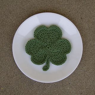 Shamrockdishcloth1_small2or potholder.. Free pattern!