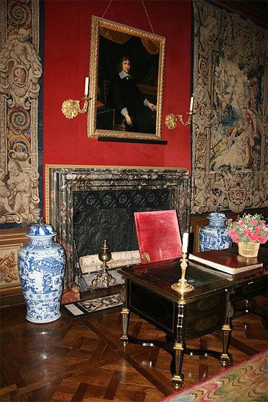 bureau de nicolas fouquet le de france paris opera house opera house and versailles. Black Bedroom Furniture Sets. Home Design Ideas