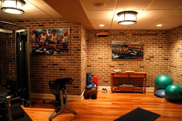 Architecture : Give Your Home Gym An Inimtable Look With The Exposed Brick Wall Backdrop Home Gym Designs that Attract Your Attention Modern Home Gym. Small Gym Room. Basement Home Gym.