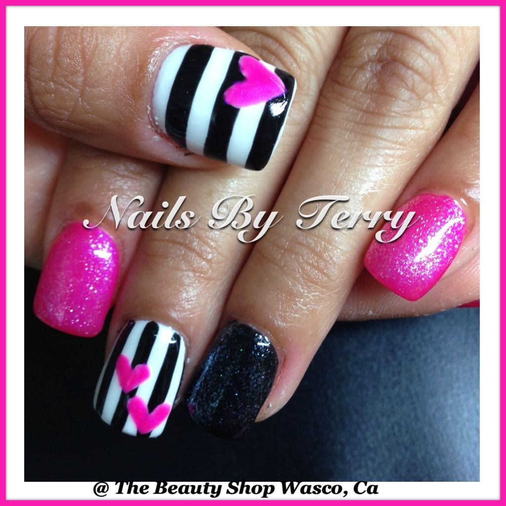 Black-and-white stripes pink hearts | Pink black nails ...