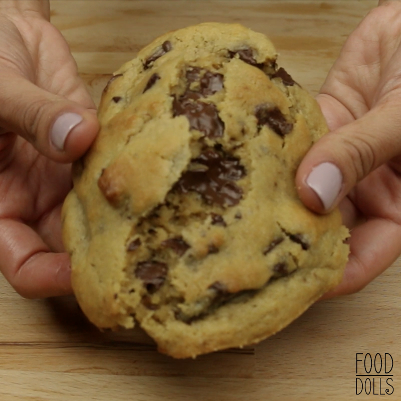if you love big, gooey, and thick cookies, then this is your recipe!