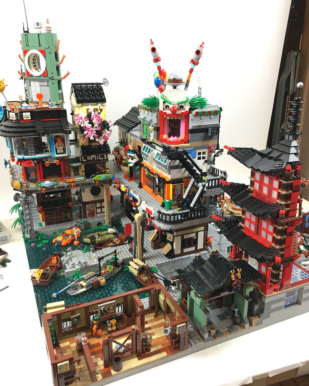 Pin By Johnny Yuen On Custom Toys Lego Cool Lego Creations Cool Lego