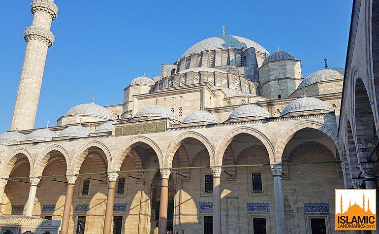 مسجد سليمان القانوني في اسطنبول او جامع السليمانية في تركيا Taj Mahal Landmarks Travel