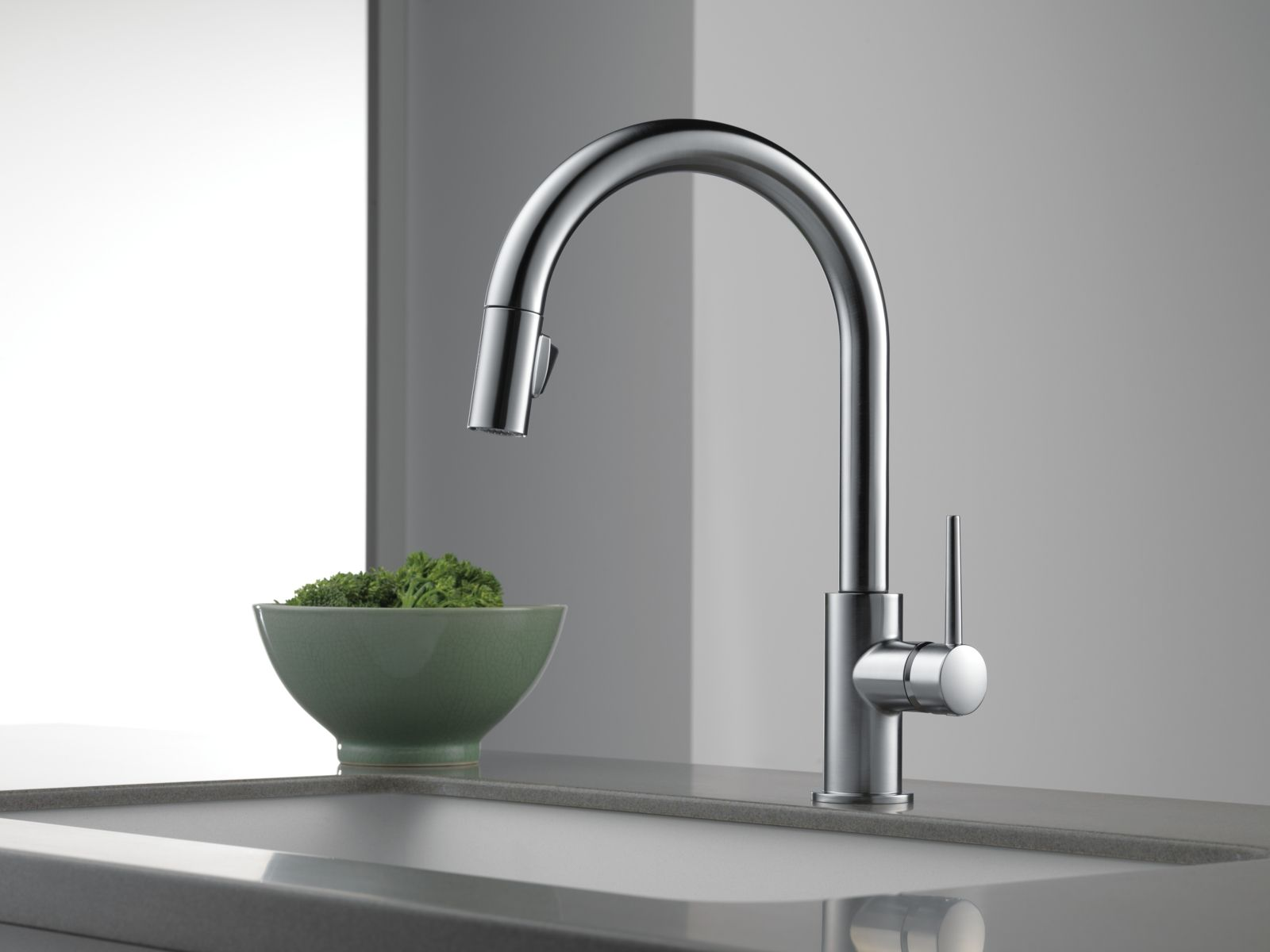 Delta No Touch Kitchen Faucets