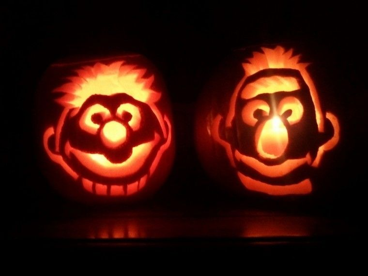 55 mindblowing halloween pumpkin carving ideas halloween. Black Bedroom Furniture Sets. Home Design Ideas