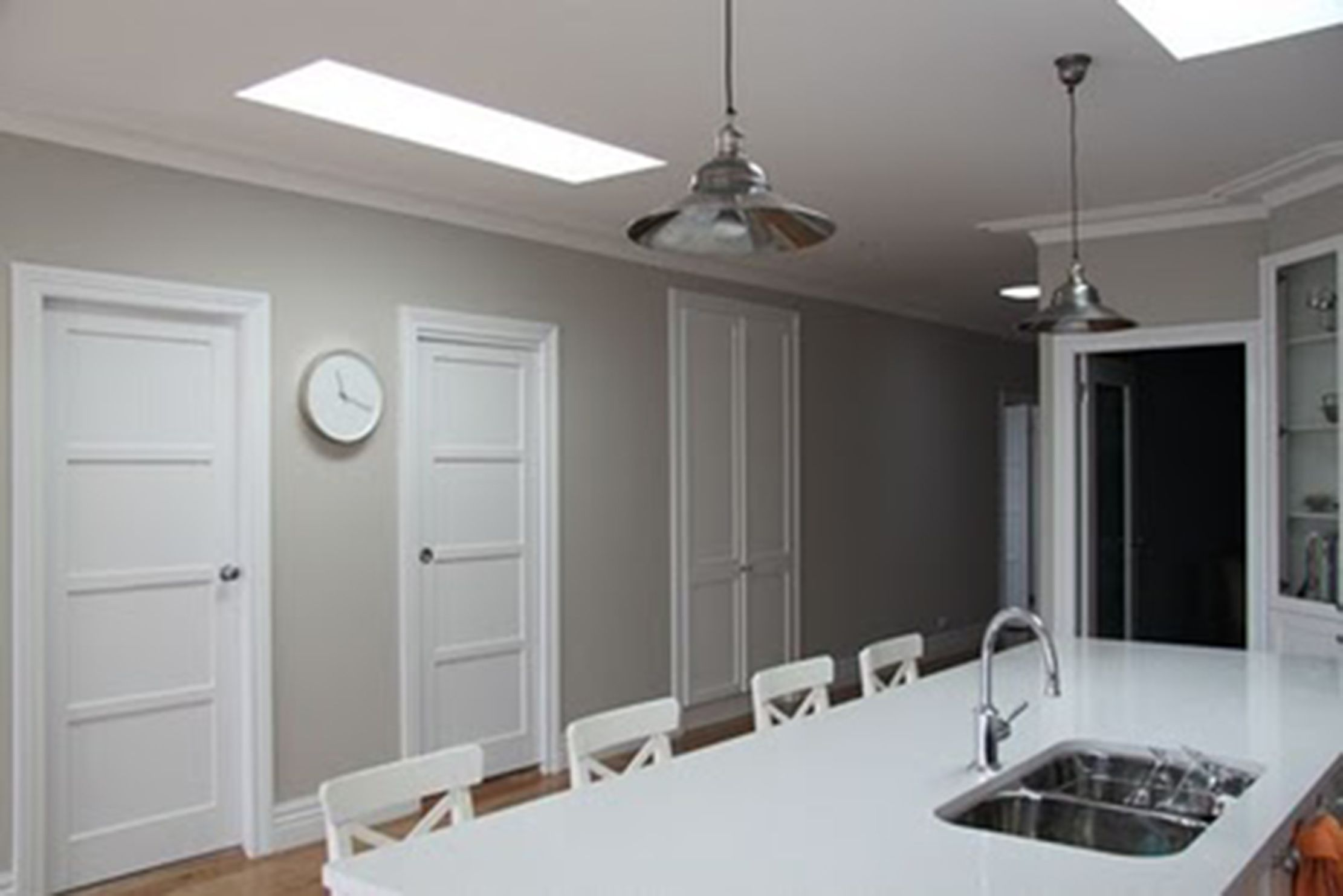 39 Triple White Pointer 39 Interior Wall Colour Paint