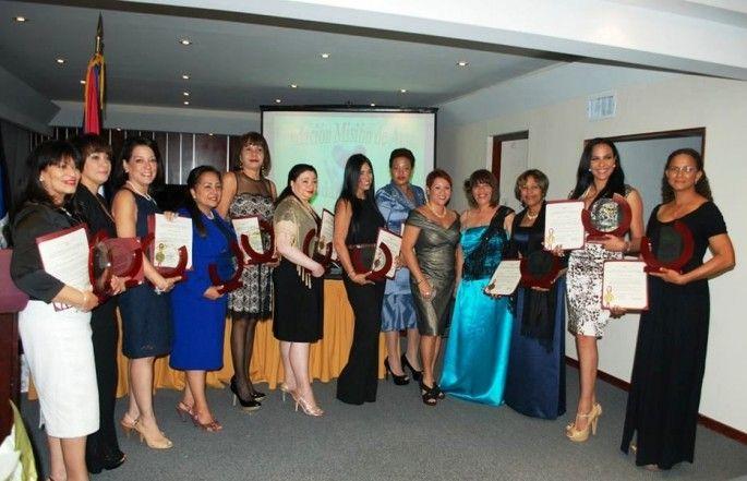 | de mujeres dominicanas reconocidas por Misión de Amor y Senado Puerto ...