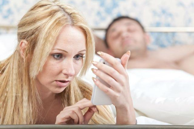 10 Reasons Why A Woman Cheats On Her Husband
