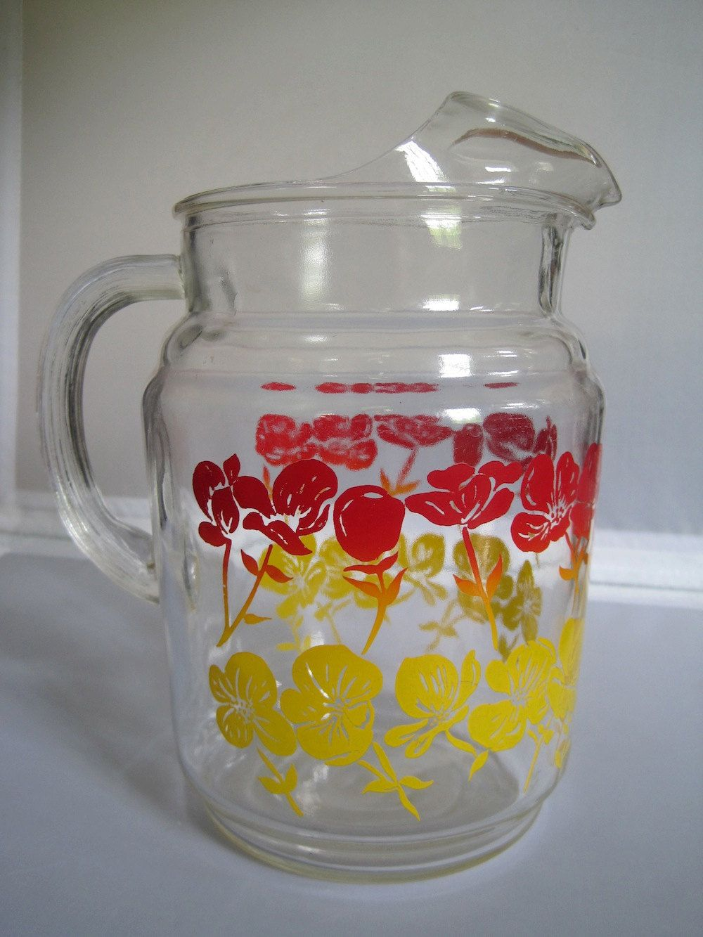 Vintage Glass Pitcher My Gosh Who Didn T Have Kool Aid Out Of A Pitcher Like This Vintage Glass Pitchers Retro Glassware Vintage Dishes
