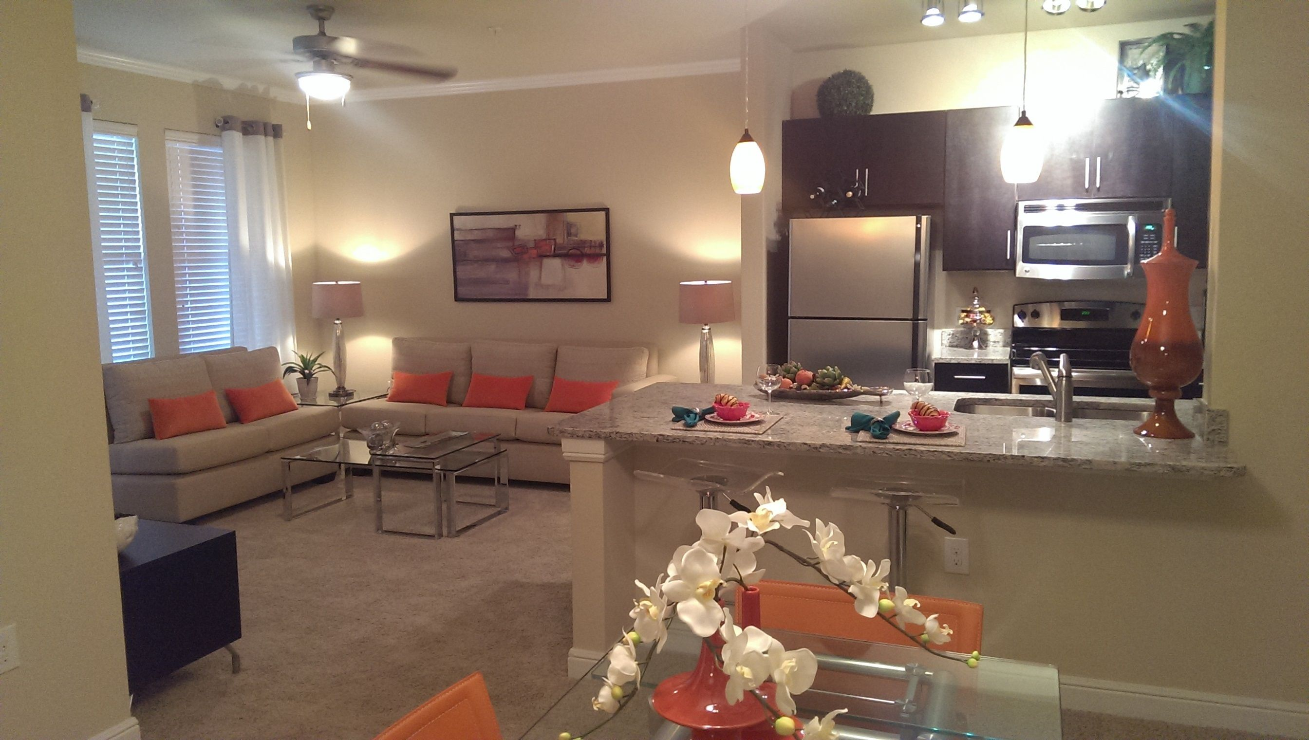 Cielo Apartment Homes Offers Resort Style Living In Lakeway Texas W An Austin Address Our Award Winni Lakeway Luxury Apartments Apartment Communities