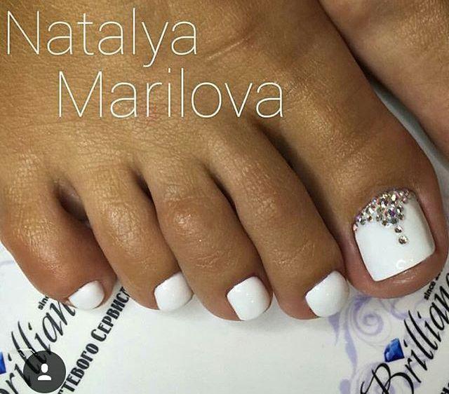 White Wedding Toe Nailart Toe Nail Art Toe Nails Wedding Toes