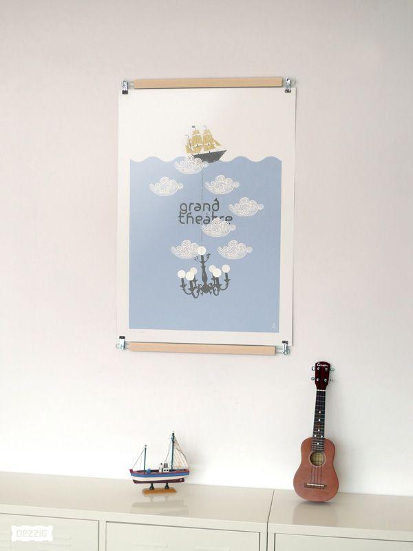 une sorte de cintre pour exposer les affiches sans l 39 ab mer poster pant for the home. Black Bedroom Furniture Sets. Home Design Ideas