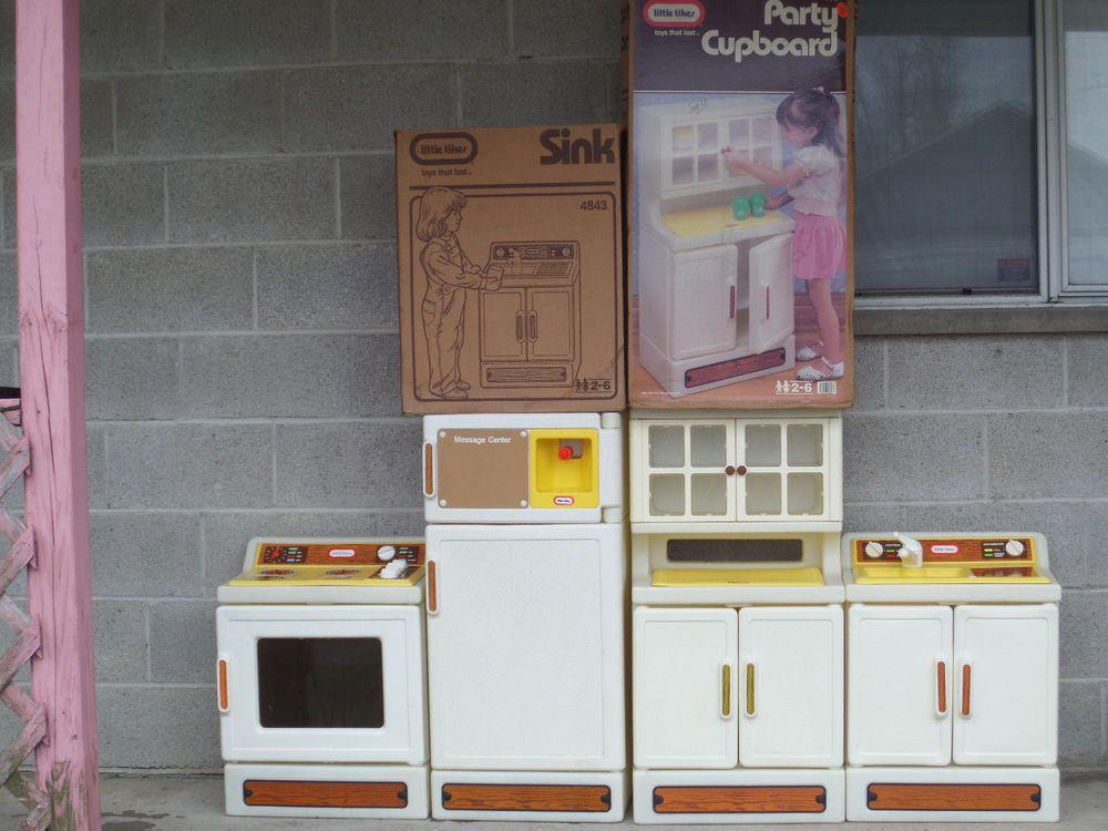 VINTAGE 1989 LITTLE TIKES KITCHEN SET REFRIGERATOR SINK OVEN PARTY CUPBOARD  BOX #LittleTikes  Little Tikes Kitchen Set