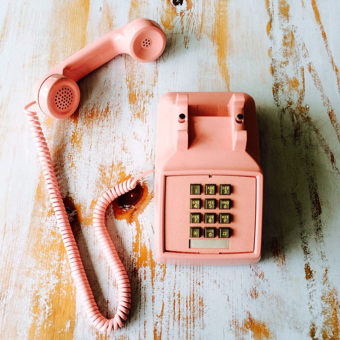 Vintage 1973 Western Electric 2500 Pink Touch Tone Telephone by ShopKingDude on Etsy https://www.etsy.com/listing/194730608/vintage-1973-western-electric-2500-pink