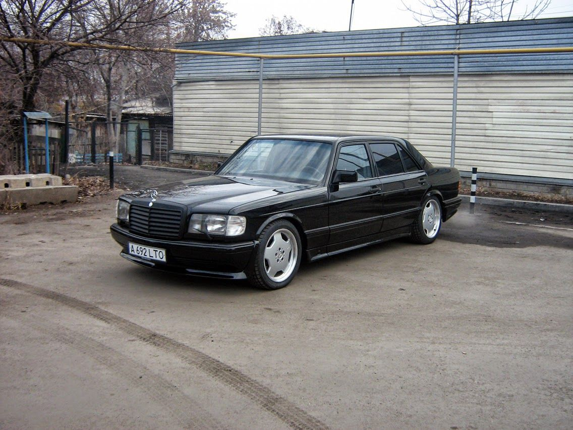 Mercedes benz w126 500sel black on amg monoblocks benz for Mercedes benz w126