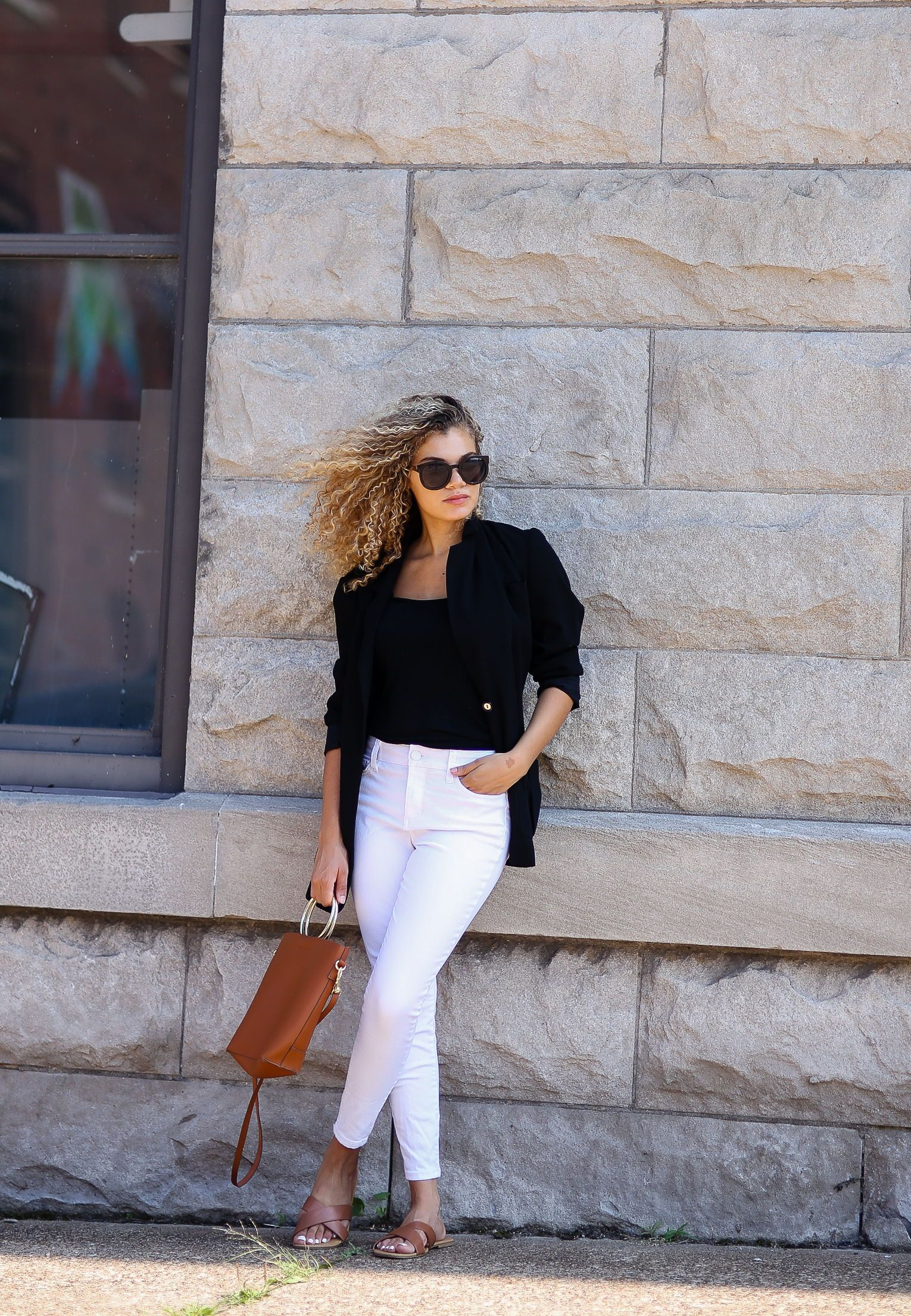 6 Ways On How To Wear White Jeans In Spring My Chic Obsession How To Wear White Jeans Skinny Jeans Outfit Summer Black Blazer Outfit