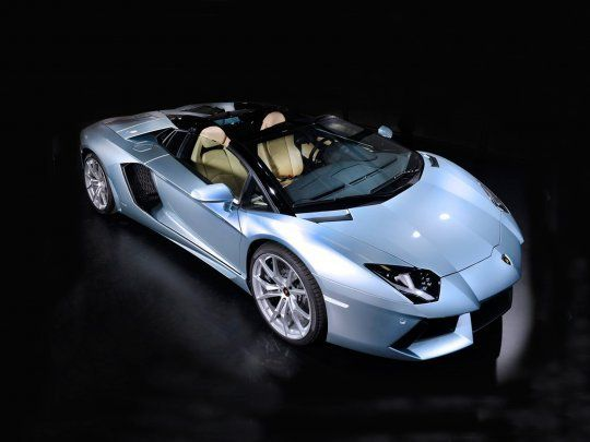 The Lamborghini Aventador LP700-4 Roadster