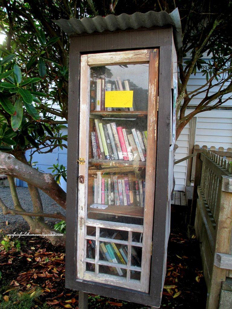 Free Lending Library