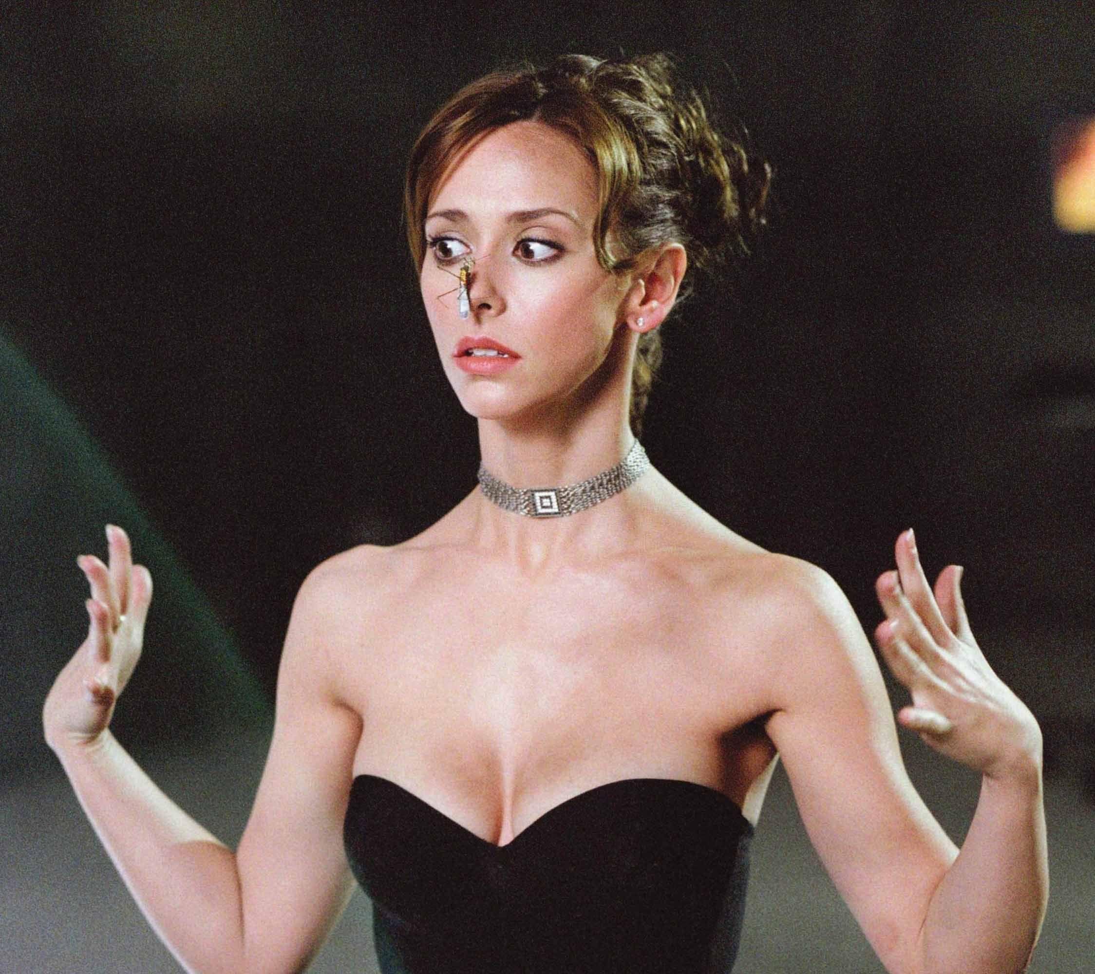 Jennifer love hewitt naked the tuxedo