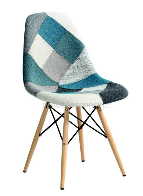chaise patchwork style bleu meubles design - Chaise Patchwork Eames