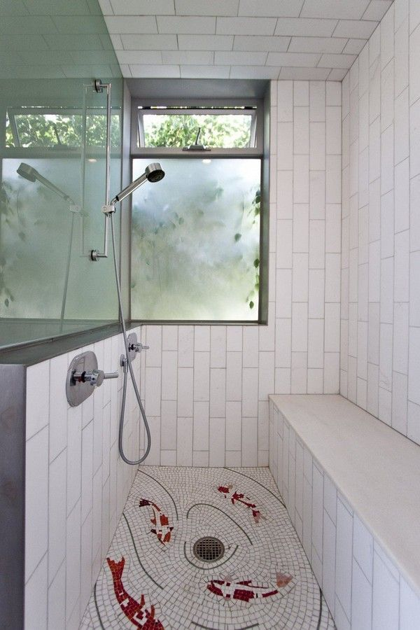 Sustainable And Contemporary Brooks Avenue House In California Freshome Com Living Green Wall Bathroom Design Shower Floor