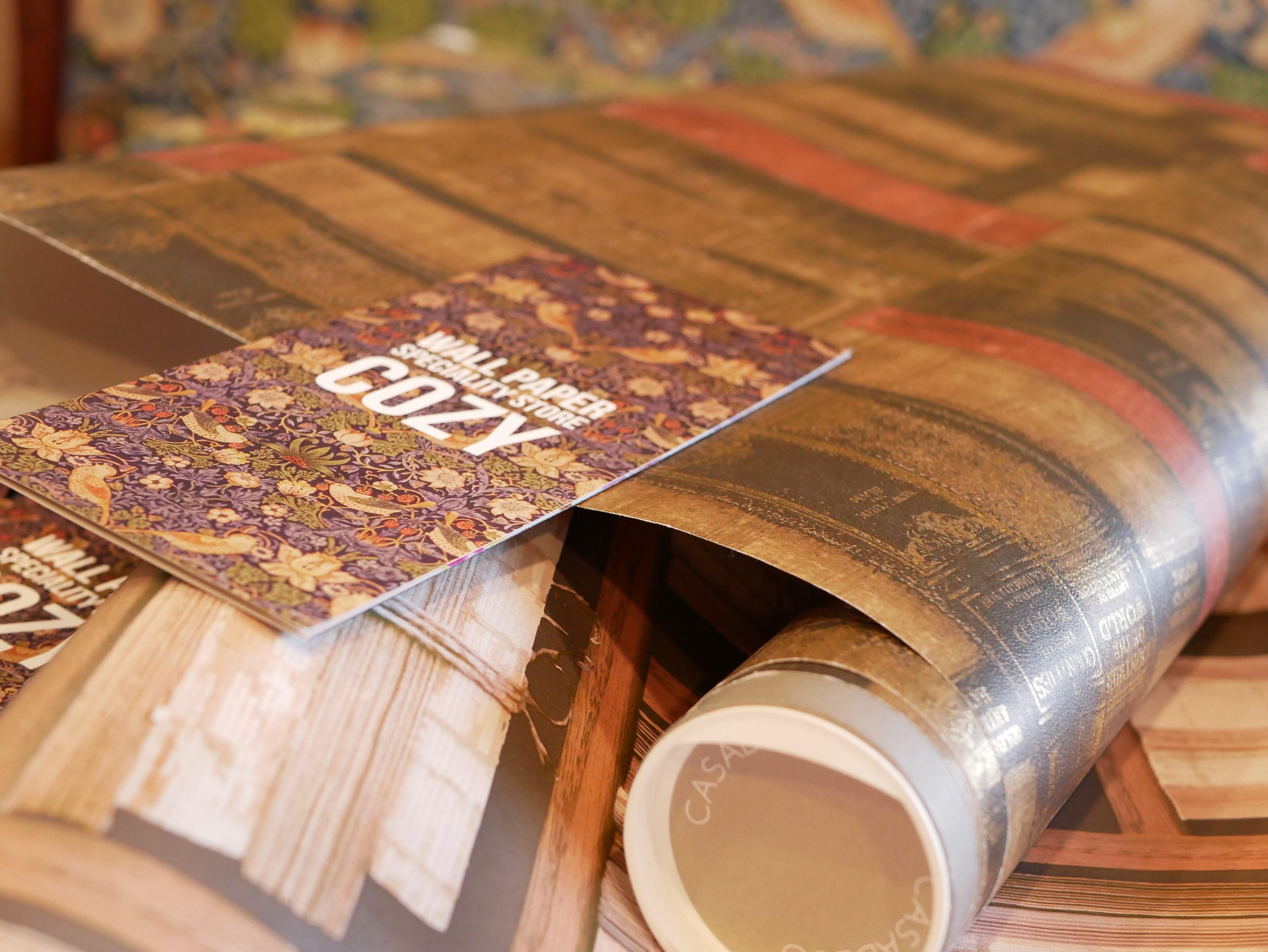 深まる秋に本の暖かみを 重厚なブック柄の輸入壁紙で 落ち着いたインテリアをあなたに G From Galerie イギリス G From Galerie イギリス Wallpaper Importwall Instagram Posts Instagram Wallpaper