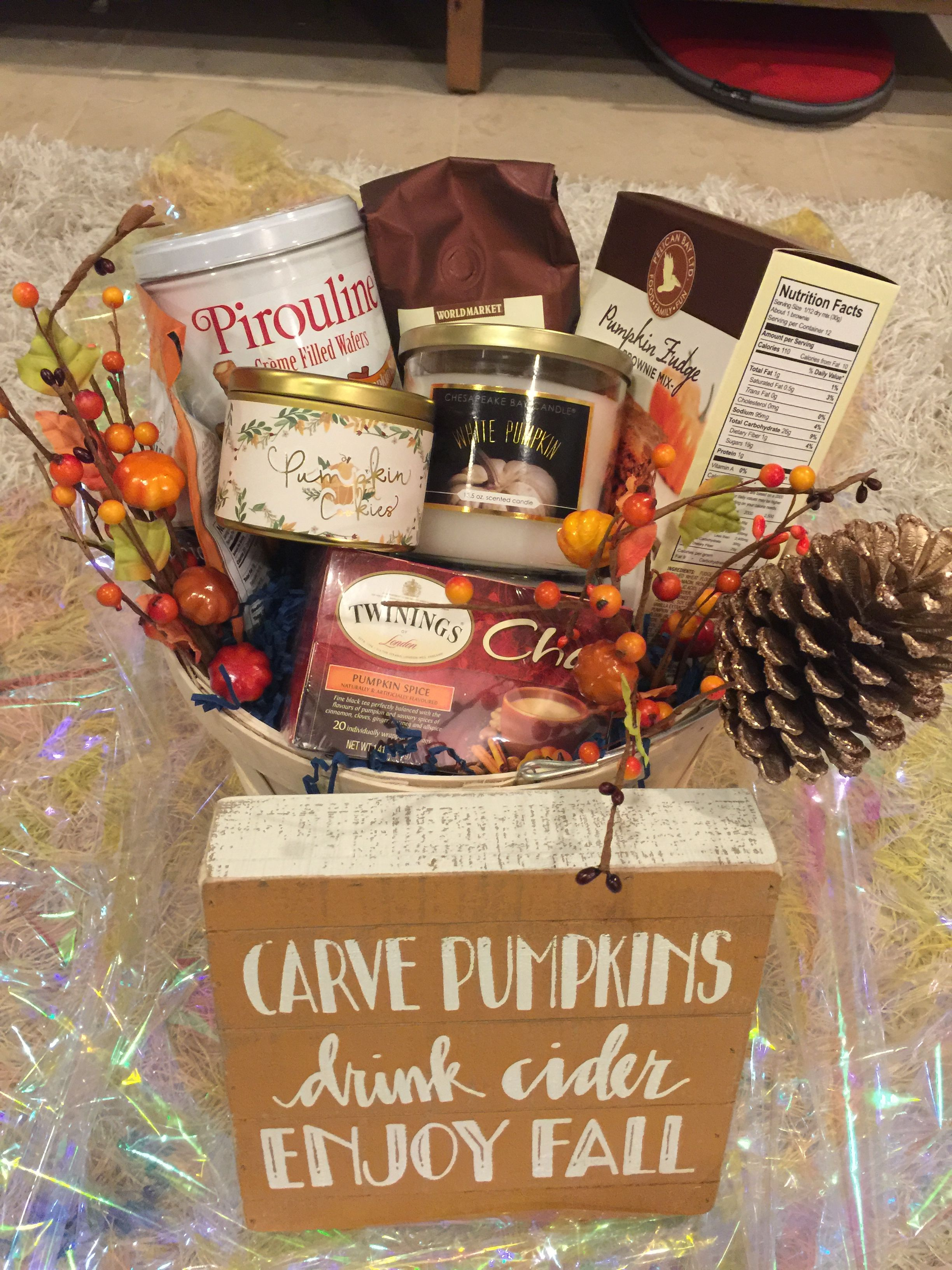Fall inspired raffle gift basket #fall #rafflegift  #fallbasketgift #raffle #psl #pumpkinspice #boyfriendgiftbasket