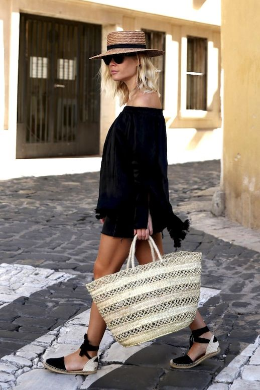 8241930ed95 This Blogger Inspired Our Next Vacation Look (Le Fashion)