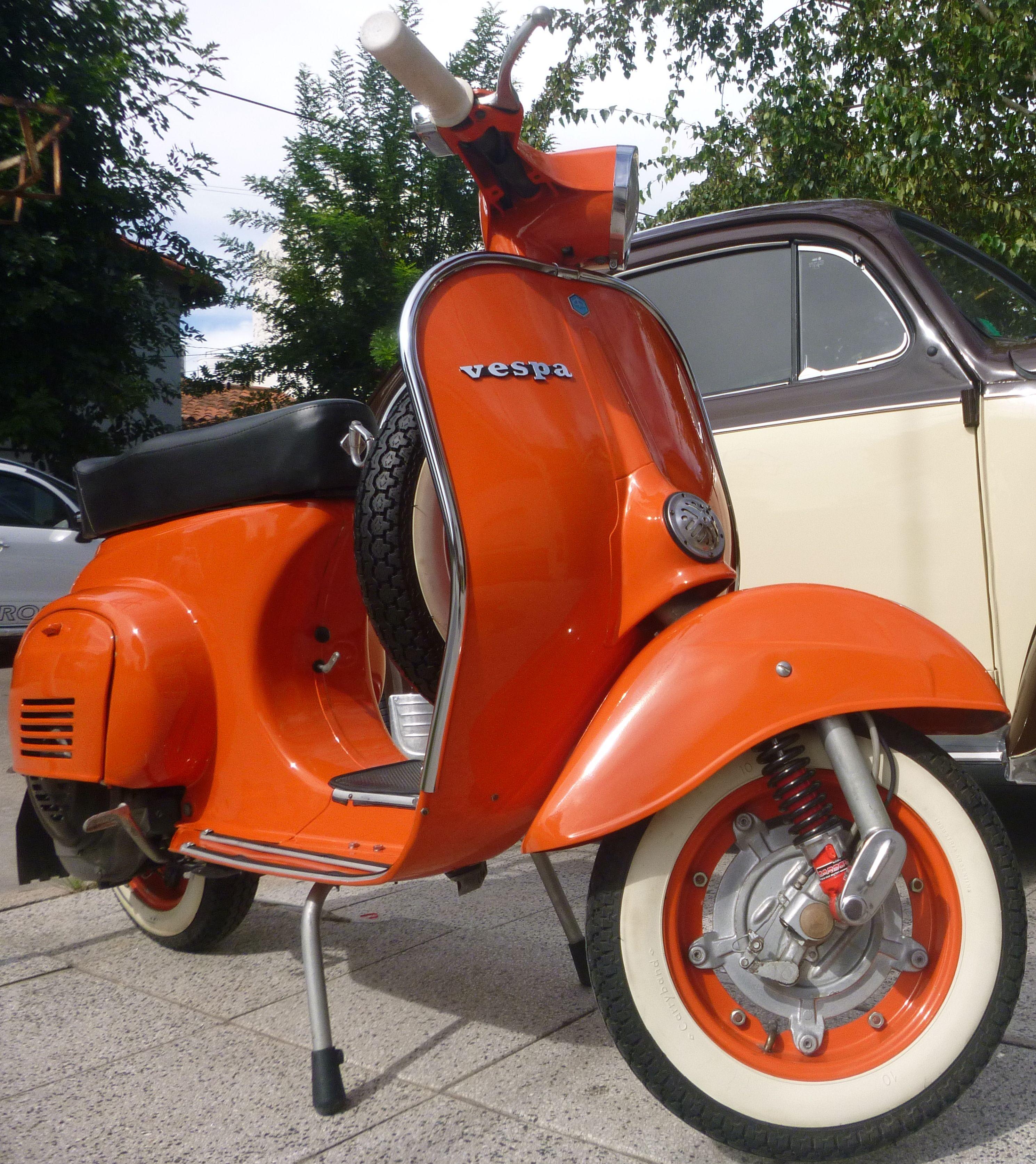 Autos Antiguos Autos Clasicos Autos Coleccion Autos Epoca Autos Antiguos Autos Clasicos Vespa Vintage