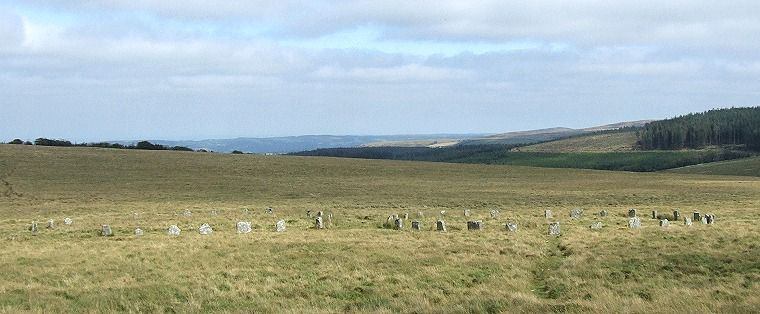 Looking east across the Grey Wethers
