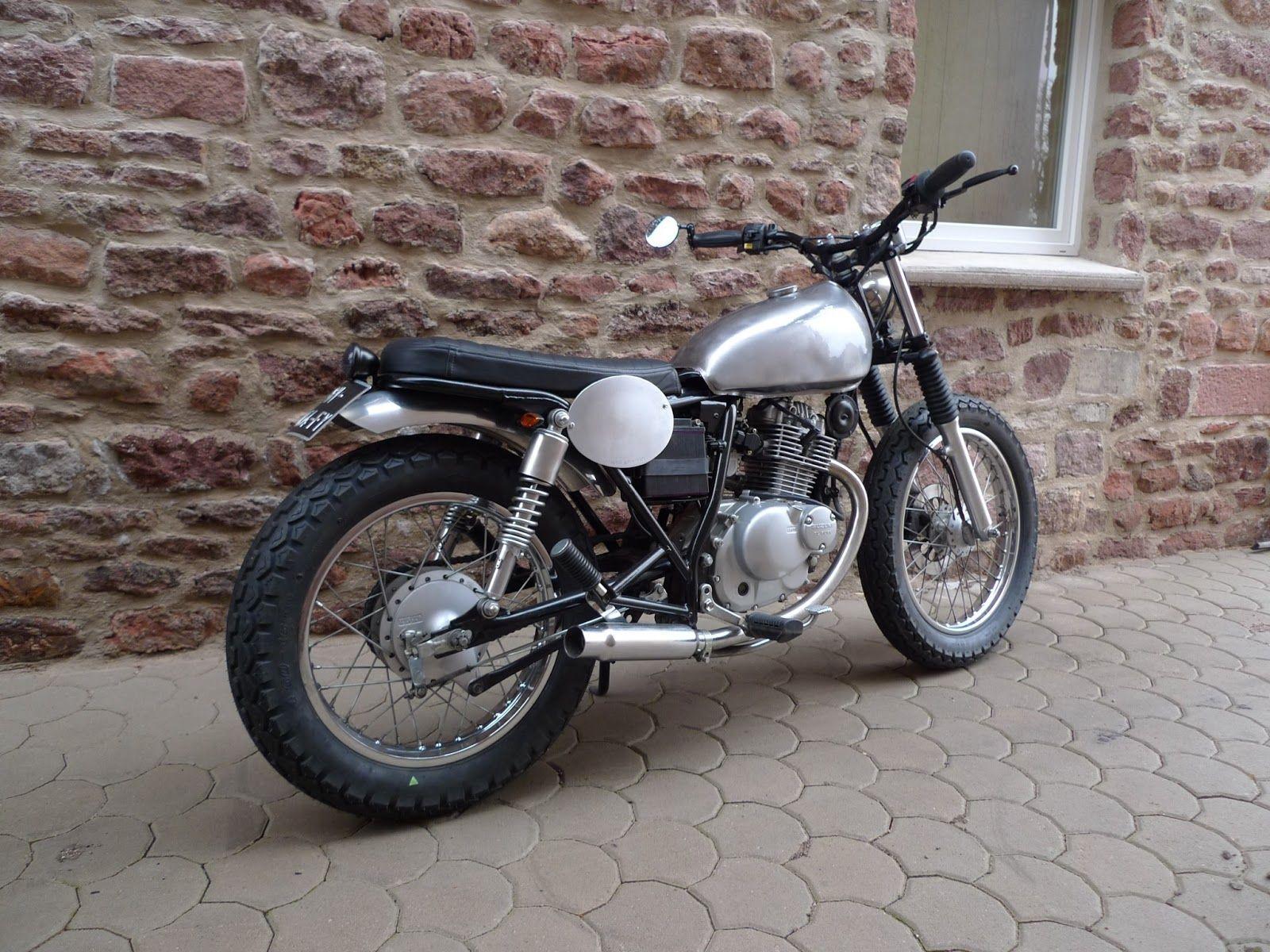 vito 39 s motorcycle suzuki gn 125 john doe motorcycles. Black Bedroom Furniture Sets. Home Design Ideas