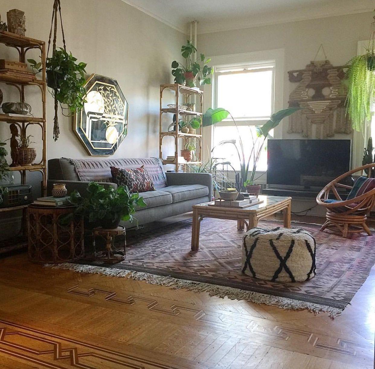 Studio Apartment Home: Pin By Bridget Hughes On Living