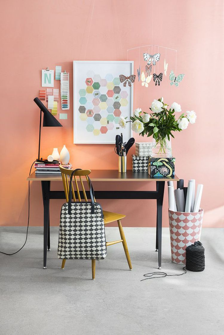 Coral (Mi Armario en Ruinas) Home office decor, Office