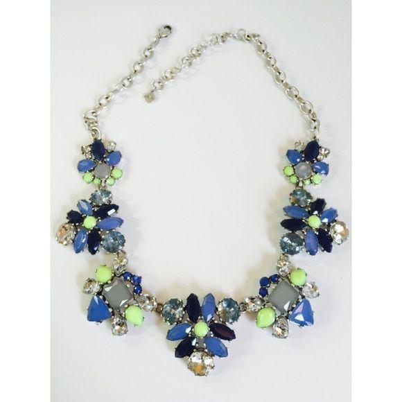 Stella and Dot Elodie statement necklace Gorgeous statement necklace from Stella and Dot! Stella & Dot Jewelry Bracelets