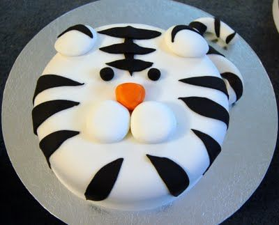 Haven Sweets: White Tiger Cake