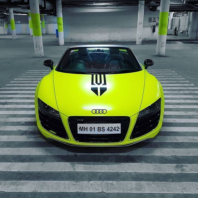 audi r8 spyder wrapped in neon green with tron lines audi r8 v10 rh pinterest com