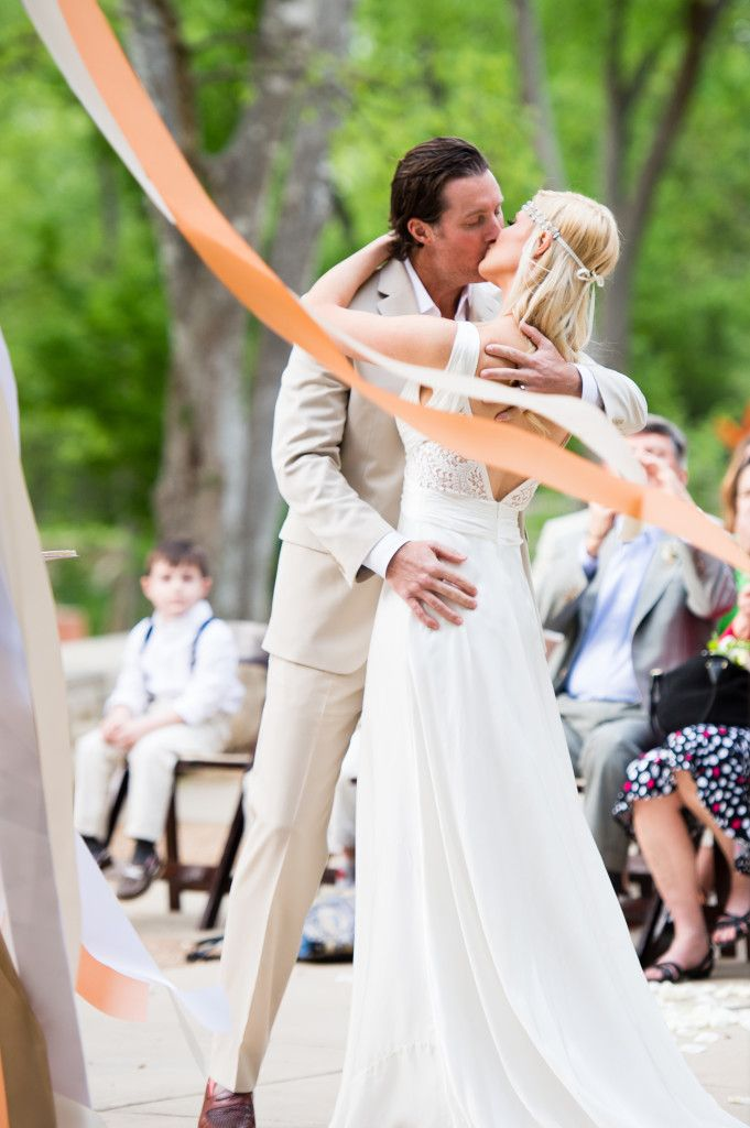 Candace + Ben | Pearl Events Austin | Pearl Events Austin | Umlauf Sculpture Garden and Museum | Posey Floral and Event Design | Cory Ryan Photography | Blo Blow Dry Bar