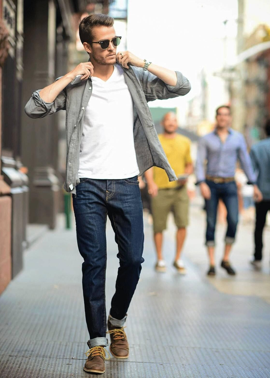 89a48b5934c The 10 Things Women Find Most Attractive in Men s Style - The GentleManual
