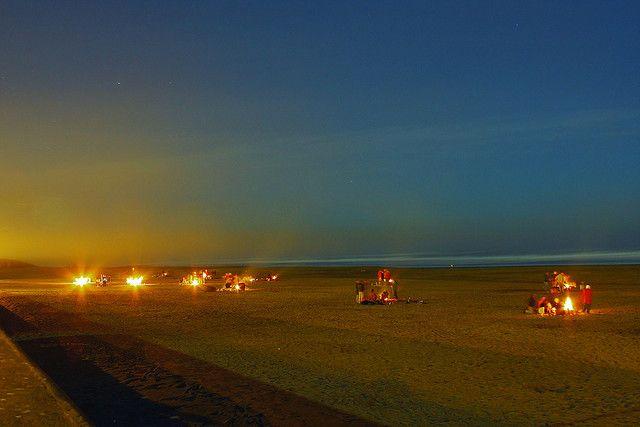Bonfires In Ocean Beach Sf With Images Beach Fire Pit Beach