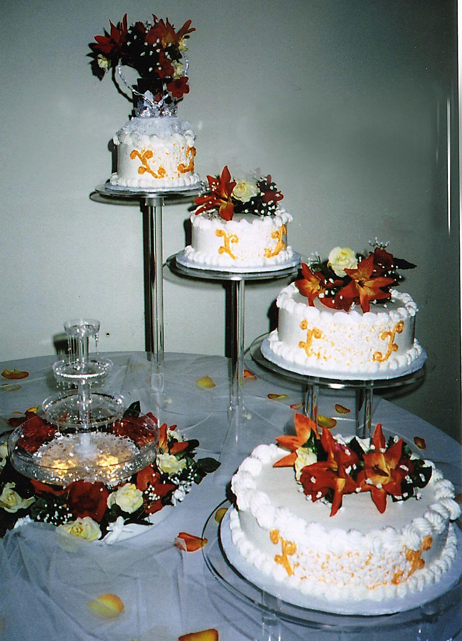 Four Tier Round Fall Wedding Cake. D & D Cake Designs/Jacksonville, Florida