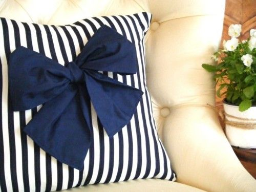 Bow & striped pillow.