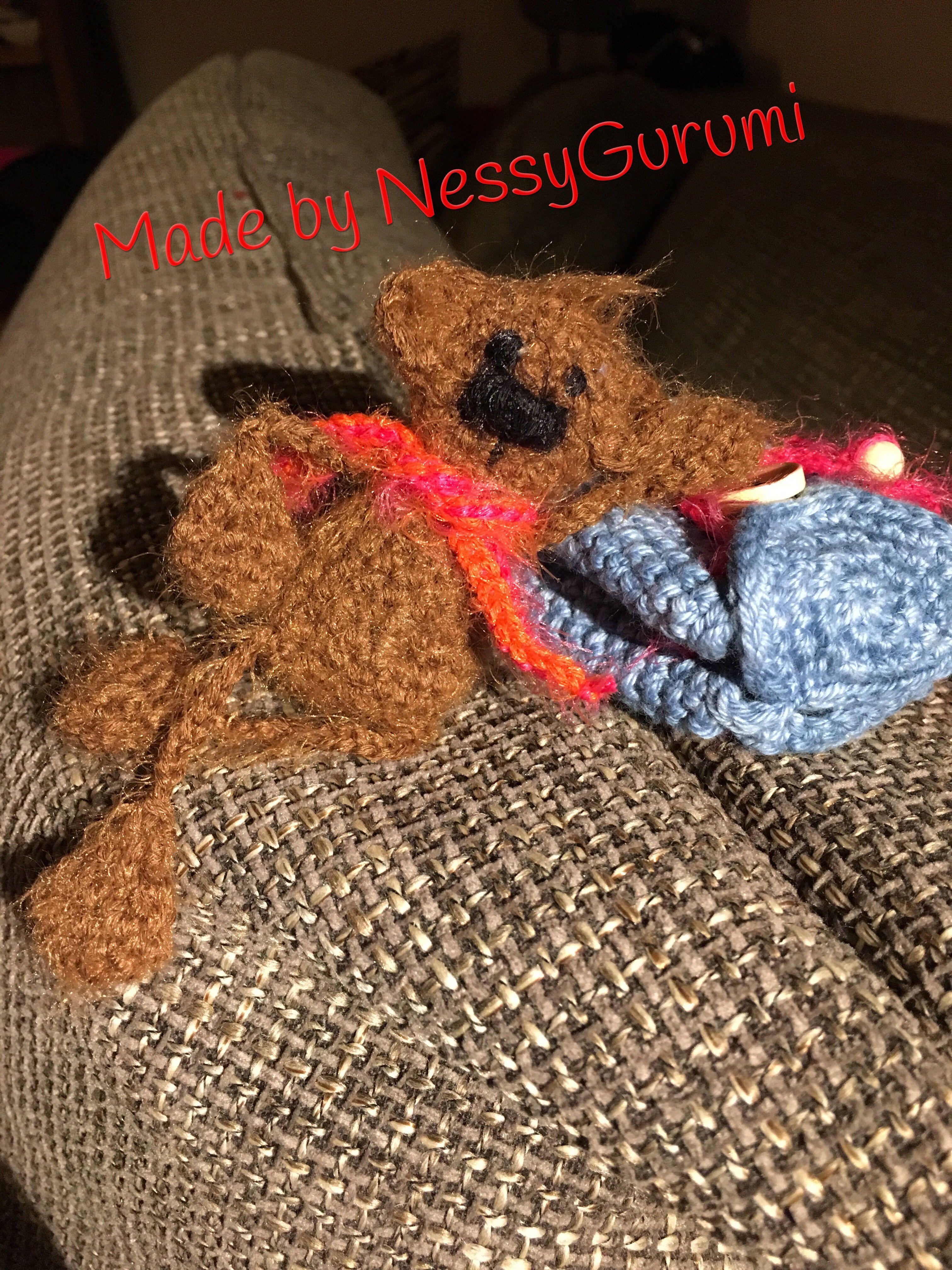 Bär gehäkelt, crochet bear, Glücksbringer, kleine Tasche gehäkelt ...