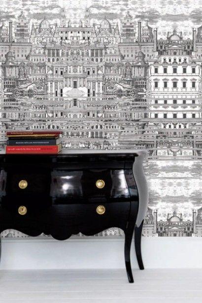 Klassisches Möbel Und Tapete Riflesso Aus Der Fornasetti Collection Von  Cole U0026 Son. #britisch