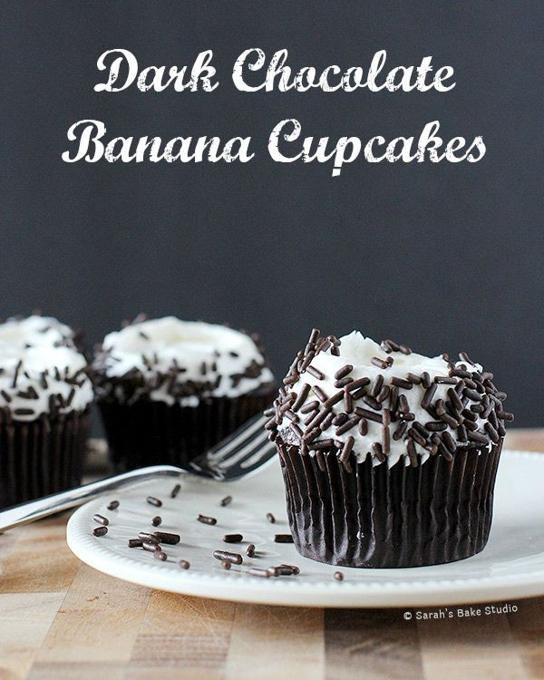 Dark Chocolate Banana Cupcakes – easy dark chocolate banana cupcakes topped with buttercream and chocolate sprinkles, perfect for all of you banana lovers.